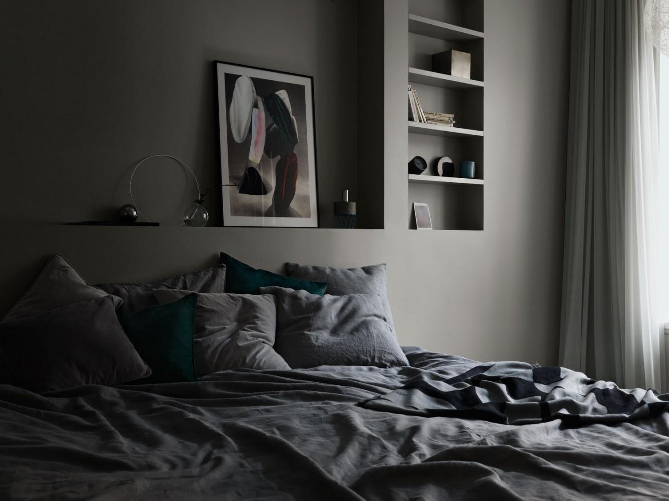 Alcro White/Grey